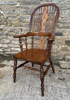Pair of Antique Broad Arm Windsor Chairs (15 of 28)