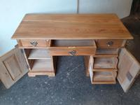Pine Knee Hole Desk (2 of 6)