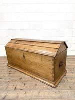 19th Century Antique Oak Dome Top Trunk (10 of 13)