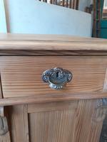 Pine Knee Hole Desk (4 of 6)