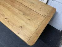Pine Farmhouse Dining Table (9 of 17)