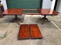 Quality Mahogany Extending Dining Table (10 of 15)