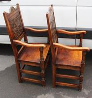 1900's Pair of Oak Carver Armchairs with Tudor Rose Motif in the Panel (2 of 3)