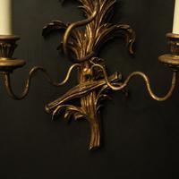 Florentine Pair of Giltwood Leaf Wall Lights (9 of 9)