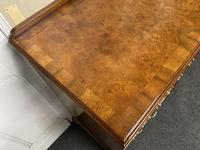 Queen Anne Burr Walnut Chest of 5 Drawers (8 of 12)