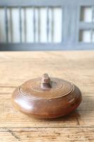 Scandinavian / Swedish 'Folk Art' wooden sliding-lid bowl 19th Century (11 of 15)