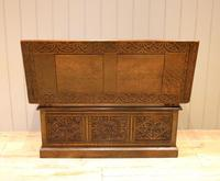 Late Victorian Solid Carved Oak Monks Bench (12 of 12)