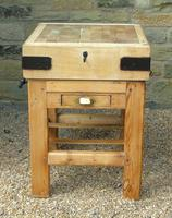 Vintage Butcher's Block on Stand (5 of 7)
