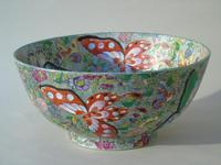 Antique Chinese Porcelain Bowl with Butterflies Famille Rose (9 of 12)
