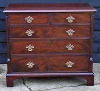 Good Quality Georgian Mahogany Chest of Drawers with Quarter Columns c.1760 (4 of 12)