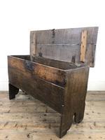 Early 18th Century Six Plank Oak Coffer (12 of 20)