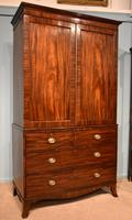 Lovely George III Mahogany Linen Press (2 of 8)