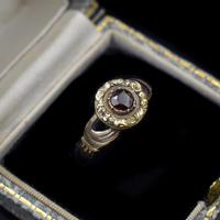 Antique Fede Claddagh Double Hand Garnet Gold Ring (2 of 8)