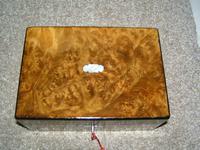 Antique Victorian Walnut Jewellery / Trinket Box, Mop, working lock & key (4 of 9)