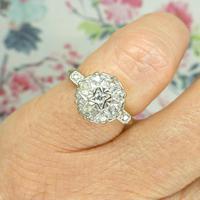 Vintage 18ct Platinum diamond cluster ring c.1960s (9 of 11)
