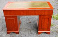 1960s Mahogany One Piece Desk with Green Leather (4 of 4)