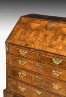 Mid 18th Century Walnut Bureau of Exceptional Colour & Patina (4 of 8)