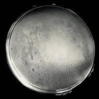 Silver Art Deco Compact (3 of 4)