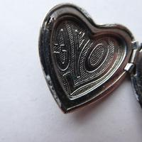 Heart Shaped Silver Locket - No Chain (6 of 8)
