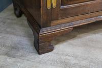 Carved Oak Dresser Base (3 of 8)