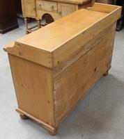 1900's Quality Country Pine Dog Kennel Dresser Base (5 of 5)