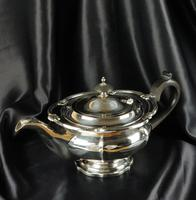 1930's Three Piece Silver Tea Set by Walker & Hall (21 of 21)