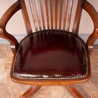 Good Quality Oak Revolving Office Desk Chair (6 of 14)