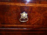 Early 18th English Walnut Chest of Drawers (4 of 8)