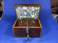 William IV Rosewood Tea Caddy with Mother of Pearl & Pewter Inlay (2 of 8)