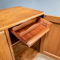 Mid Century Ercol Sideboard (5 of 12)