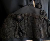 Antique taffeta opera cape, embroidered (3 of 11)