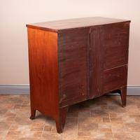 19th Century Mahogany Bow Fronted Chest of Drawers (3 of 15)