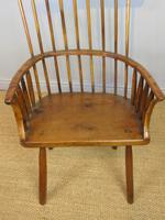 Charming 18th Century Yew Wood Comb Back Chair (9 of 10)