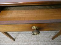 Neat English Regency Side Table (3 of 7)