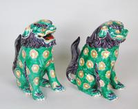 Superb Pair of 19th Century Chinese Porcelain Dogs of Fo Temple Guardians (11 of 12)