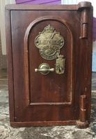 Antique Hopkins Birmingham Cast Iron Compact Safe with 2 Keys (2 of 9)