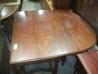 Large Mahogany Gate Leg Dining Table (2 of 3)