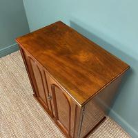 Beautifully Figured Victorian Walnut Antique Cupboard (6 of 7)