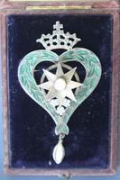 Scottish Victorian 'Star of Snowdoun' Enamel & Pearl Purity Brooch 1859 (11 of 34)