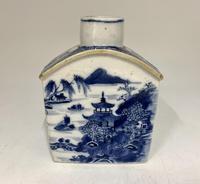 Antique Oriental Porcelain Tea Caddy c.1795
