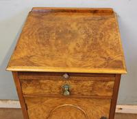Quality Pair of Burr Walnut Bedside Cabinets (14 of 14)