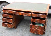 1960s Large Mahogany Partners Desk with Green Leather on Top (2 of 5)