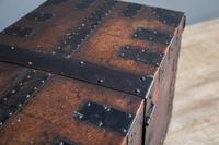 Iron Bound Oak Trunk (8 of 10)