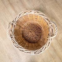 Wicker Log Basket (4 of 6)