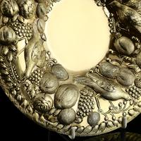 Magnificent Georgian Pair of Solid Silver Gilt Charger / Platter Dishes - George Burrows 1824 (9 of 27)