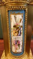 19th Century Ormolu & Painted Porcelain Striking 8-day Mantel Clock (3 of 7)