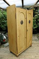 Fabulous Old Pine 2 Door Cupboard / Linen Cupboard / Food / Larder with Shelves  - We Deliver! (4 of 11)
