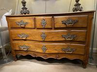 Serpentine Fronted 18th Century Commode (5 of 11)