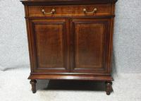 Very Nice Inlaid Mahogany Cabinet (4 of 11)