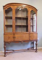Quality Antique Walnut Display Cabinet (2 of 19)